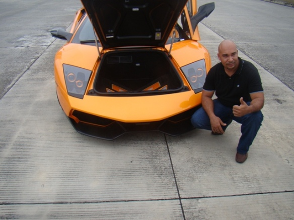 A Perfect Lamborghini LP670-4 SV replica for sale. FOR ONLY US$38,000!!! Seems legit, right?